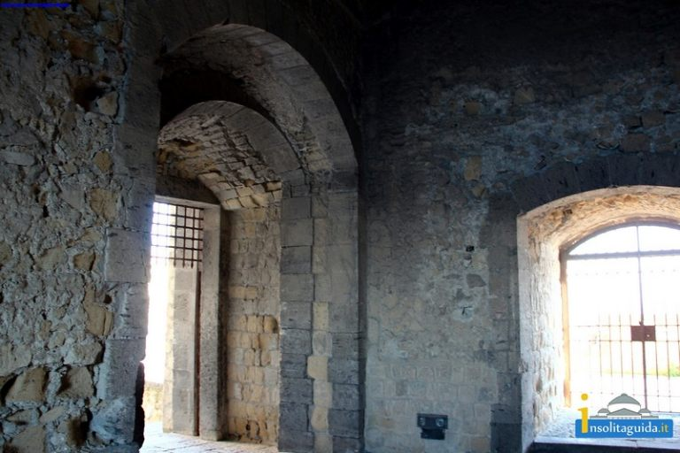 Castel_Dell_Ovo_00043